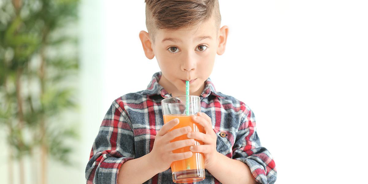 Beneficios de tomar zumo ecológico en niños